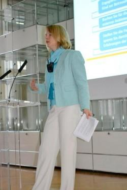 Soulution Coaching Silke Mekat Unternehmensberatung für familienbewusste Personalpolitik  Elternzeit Wiedereinstieg Auszeit Entspannung Stress Burnout Vortrag
